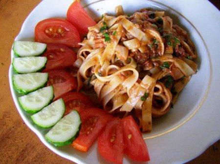 Лапша с мясной подливкой (фото рецепт)