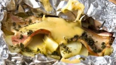 рецепт очищенного картофеля в фольге в духовке