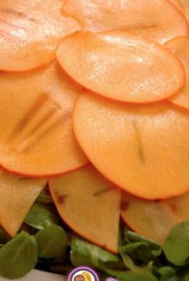 Рецепт салата с хурмой и орехами