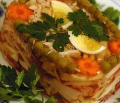 Новогодний рецепт мясного заливного ассорти