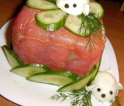 Новогодний рецепт шведского закусочного рыбного торта Смёргасторте