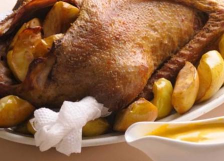 рецепт утки с клюквой в духовке рецепт с фото