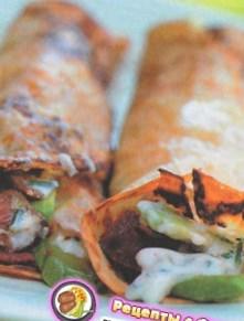 Рецепт блинов с авокадо, беконом и сметаной - рецепт блинов на Масленицу
