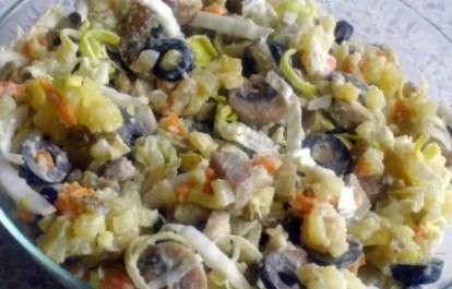 Рецепт постного грибного салата с оливками