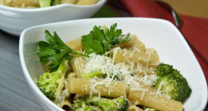 Рецепт макарон с брокколи и беконом