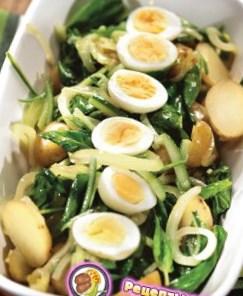 Рецепт салата со щавелем и картофелем