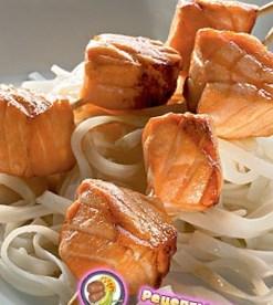 Рецепт быстро маринованной сёмги на гриле с жасминовой лапшой