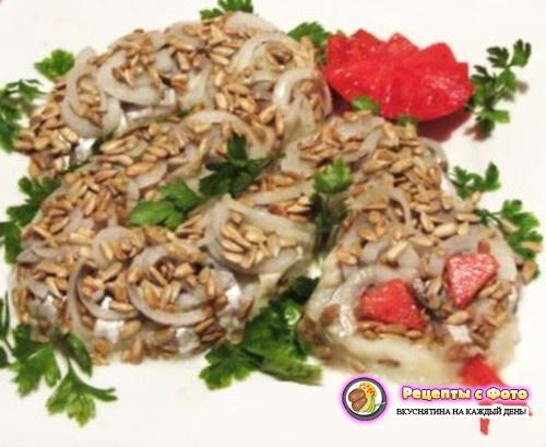 Рецепт салата «Змея» с селедкой