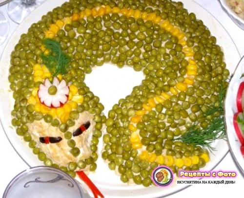 """Рецепт салата """"Змейка"""" с креветками"""