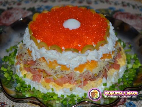 Рецепт новогоднего салата «Жемчужина» (с семгой и апельсинами)