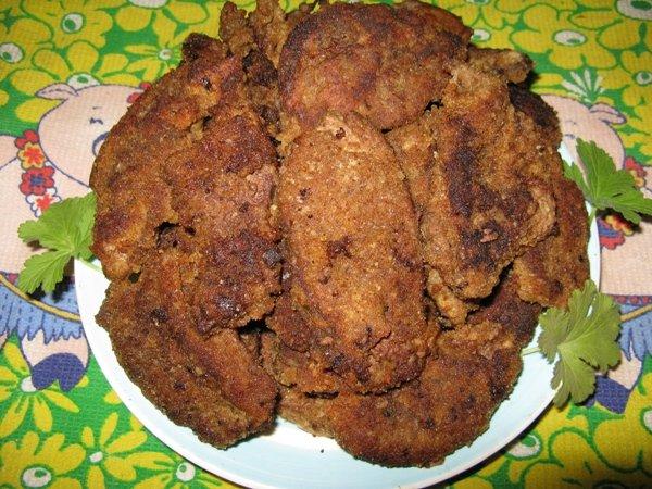 Печень в сухарях рецепт с фото