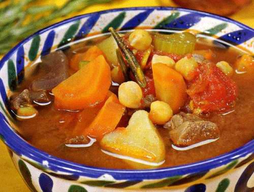 Густой суп из говядины и нута рецепт. Нут замочить в холодной воде на