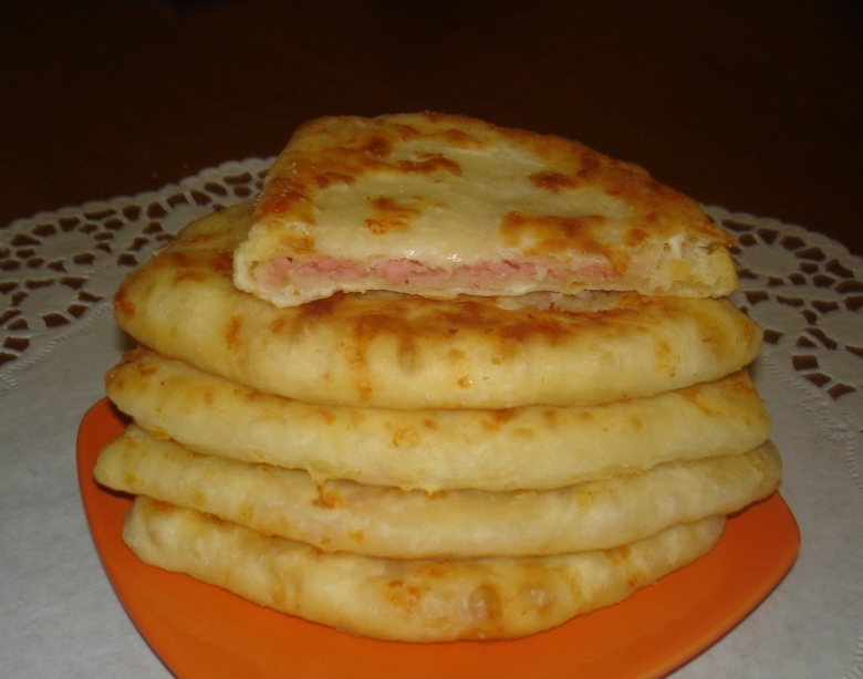 Вкусные сырные лепешки рецепт