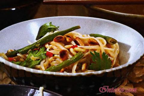 Кулинарный рецепт - Рисовая лапша в пряной заправке.