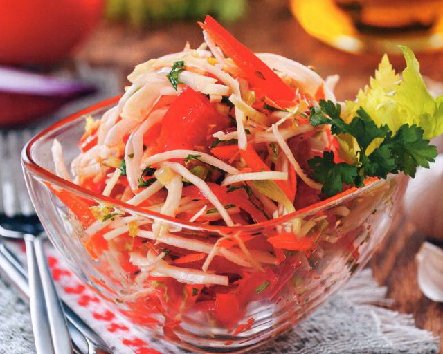 рецепт зимнего салата из помидор и моркови