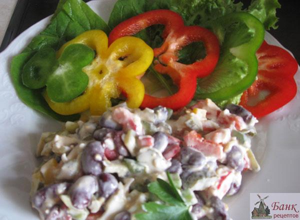 рецепты салатов из фасоли с грибами
