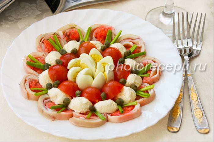 пошаговый рецепт с фотосалат из кальмара с луком и яйцом