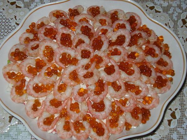 салат из кальмаров с икрой царский рецепт
