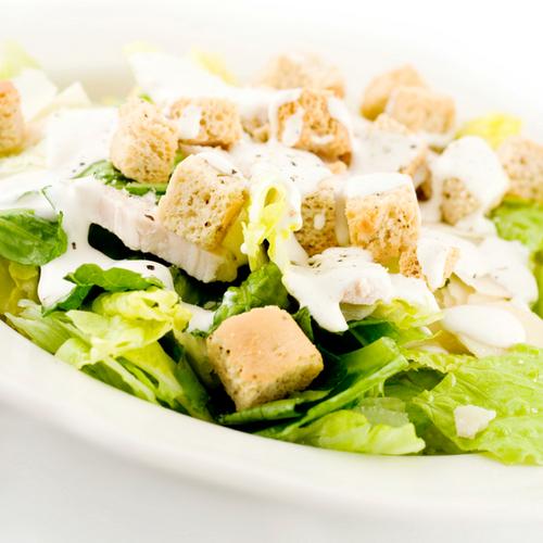 Салат цезарь с пекинской капустой и