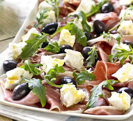 Рецепты салат греческий с сухариками