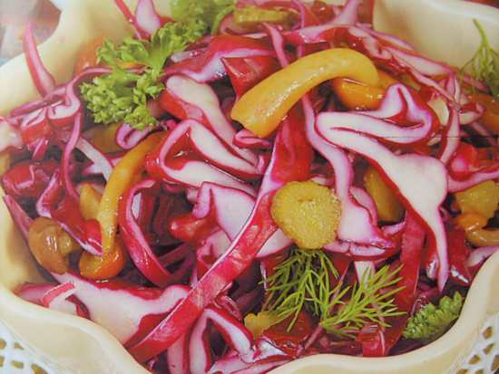 Вкусные салаты с красной соленой рыбой рецепты
