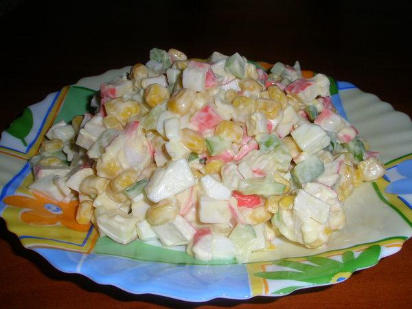 крабовый салат рецепт с фото с огурцом