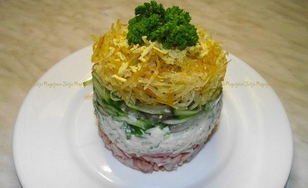 рецепты салатов с картошкой слоеные