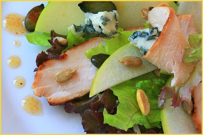 рецепты салат из курицы и яблока и сыра