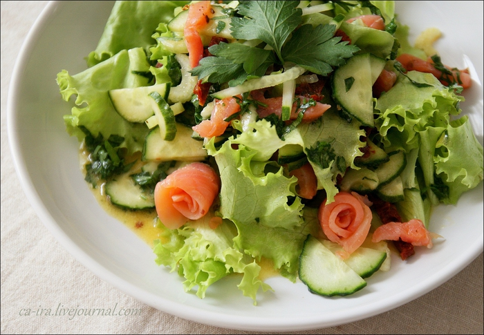 Салат с красной икрой и семгой рецепты 104
