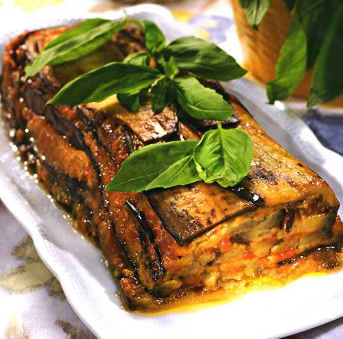 Рецепт блинчиков с курицей и грибами а сливочном соусе