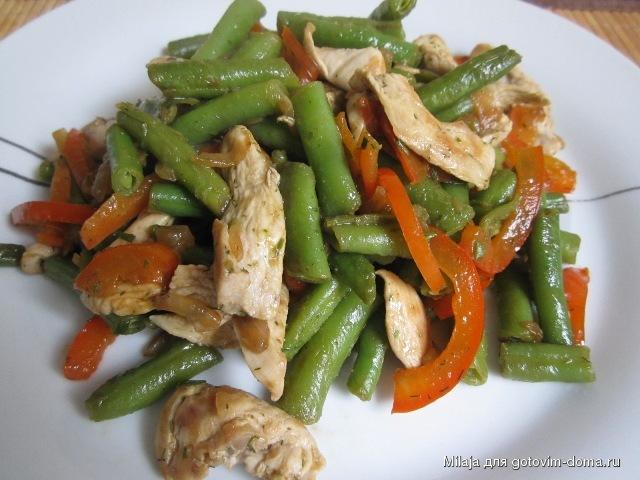 Салат из фасоли с курицей фото рецепт